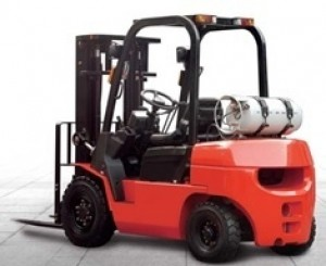Motostivuitor GPL NISSAN - capacitate 5000 kg - CPQYD50-RXW57